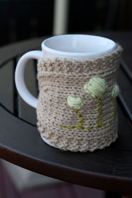 Mug Cozies Knitting Pattern : homebody buttoned mug cozy knitting pattern (plain and cabled) the incurabl...